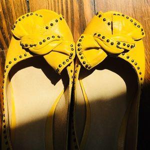 Frye Mustard Yellow Maya Vintage Stud Slingbacks